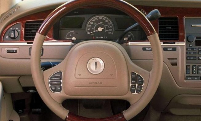 download Lincoln Town CAR workshop manual