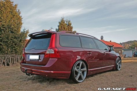 download VOLVO V70 workshop manual